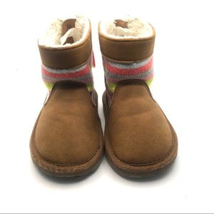 Baby gap boots size 7